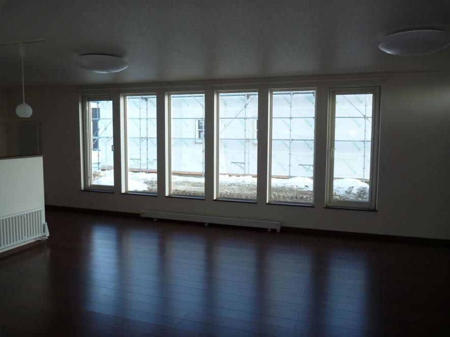 タカケンの施工実績画像:開放的な窓